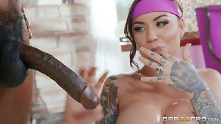 Karmen Karma adores heavy added to black oversize penis in her mouth