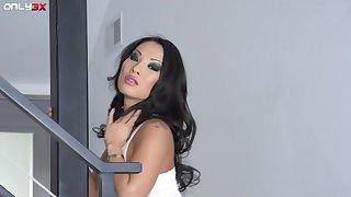 Hottest Asian woman alive Asa Akira is in need be proper of by a long chalk everywhere fucking